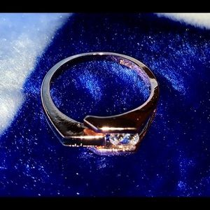 Accessories - Rose gold box ring